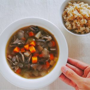 コトコト塩スープ
