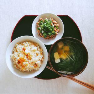 納豆と一汁一菜