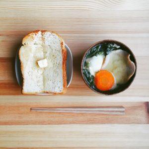パンとみそ汁とはむ
