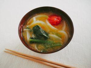 野菜十分な味噌汁