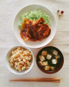 生姜焼きと一汁一菜